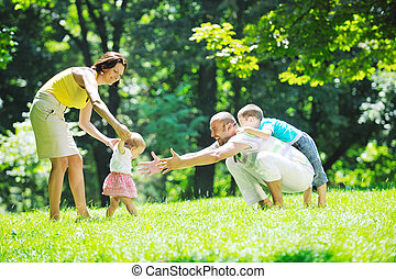 恋人, 公園, 若い, ∥(彼・それ)ら∥, 楽しい時を 過しなさい, 子供, 幸せ