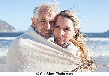 恋人, 包まれた, 微笑, の上, blanke
