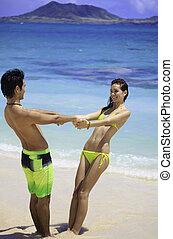 恋人, 浜, 手を持つ