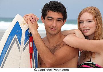 恋人, 浜, 若い