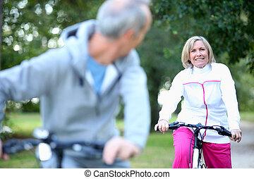 恋人, 自転車, より古い
