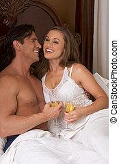恋人, 若い, ベッド, シャンペン, sensual, 情事