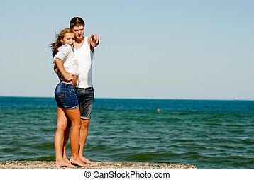 恋人, 若い, 海岸, 海, 包含, 幸せ