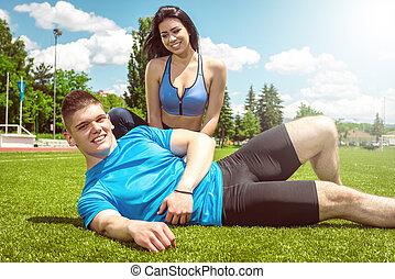 恋人, 訓練, 弛緩, 後で, grass., フィットネス