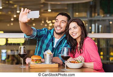 恋人, smartphone, selfie, 取得, レストラン