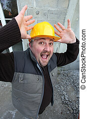 恐れさせられた, 建築作業員
