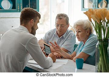 息子, 成人, 痛みなさい, 古い, 電話, 使用, いかに, 親, 提示