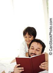 息子, 父, 一緒に, ベッド, 本, 読書