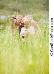 息子, 緑の採草地, 母