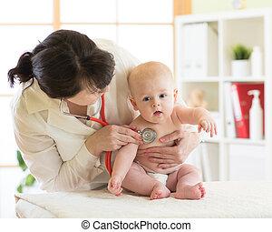 患者, 医者, 点検, 小児科医, 女性, 赤ん坊