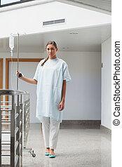患者, 歩くこと, ∥で∥, a, 滴りの 立場