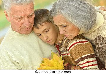 悲しい, 孫, 祖父母