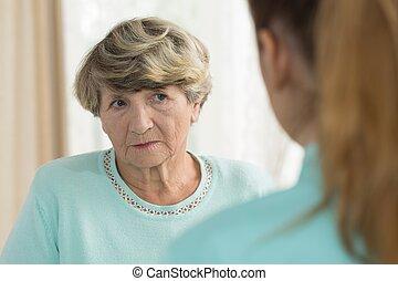 悲哀, 年長者, 女性, 在, 老人院