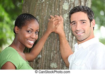 情愛が深い, 恋人, 立った, 木