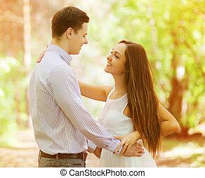愉快, 年輕夫婦, 在愛過程中
