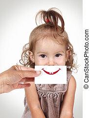 愉快, 快樂, 女嬰, 隱藏, 她, 臉, 所作, 手, 由于, 微笑, 以及, 牙齒, 畫, 上, 紙