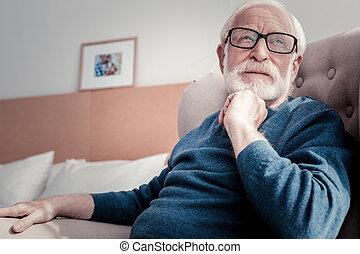 愉快, 老年, 人坐, 在家