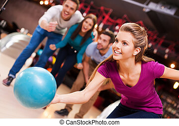 愛, game., 元気づけること, ボール, 人々, 投げる, 女性, 若い, 彼女, ボウリング, 3, 美しい, これ, 間