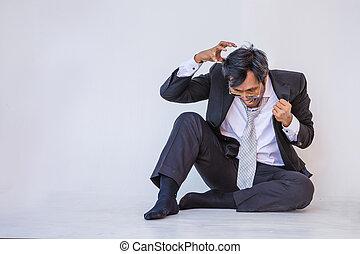 憂うつにされた, ビジネスマン, モデル, 床