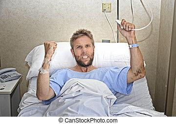 憤怒, 病人, 人, 在, 醫院房間, 躺在床上, 按壓, 護士, 電話按鈕, 感到, 緊張, 以及, 打翻