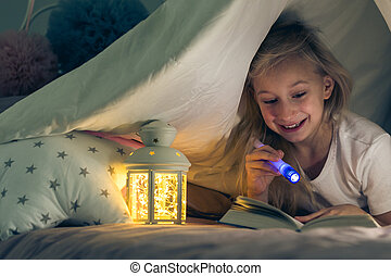 懐中電燈, 女の子