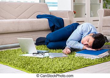 懸命に, 弛緩, 疲れた, 使い果たされた, 後で, ビジネスマン, 日