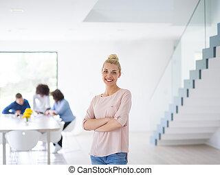 成功した, 肖像画, 女性実業家