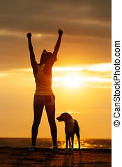 成功, 健身, 婦女, 以及, 狗