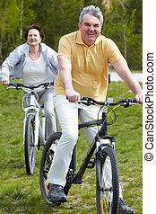 成長した, bicyclist
