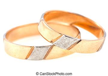 戒指, 二, 被隔离