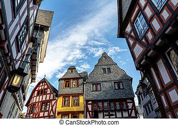 房子, 观点。, 角度, 低, 一半木材