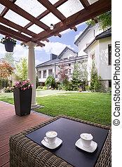房子, 院子, 由于, 藤條, 桌子
