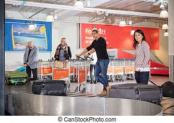 手荷物, コンベヤー, 待つこと, 空港, 観光客, ベルト