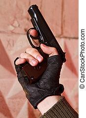 手袋, 黒い銃, 彼の, 手
