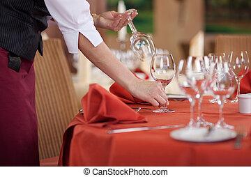 手配する, テーブル, ウェートレス, wineglasses