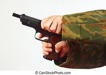 手, 中に, カモフラージュ, ユニフォーム, reload, 銃, 白, 背景