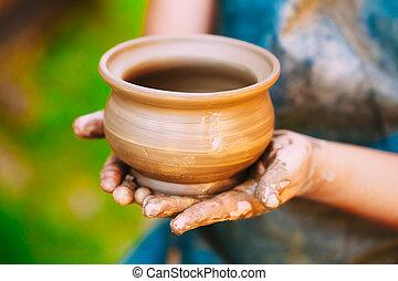 技能, 陶工, 粘土