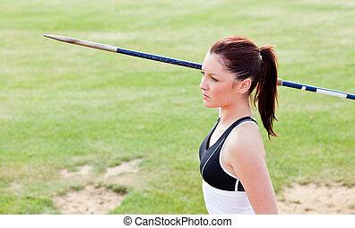 投げ槍, 投球, 女性, 運動選手, 集中される, 準備ができた