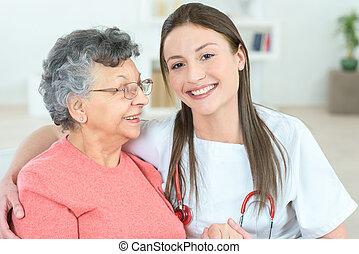 拿, 拿, 時間, 為了講話, 到, 年長者, 病人