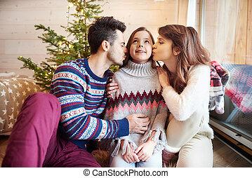 接吻, 思いやりがある, 親, 娘, ∥(彼・それ)ら∥