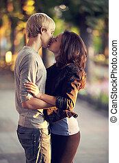 接吻, 恋人, 通り, 若い