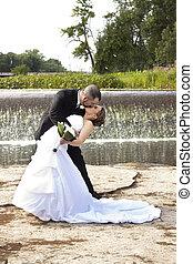 接吻, 結婚式