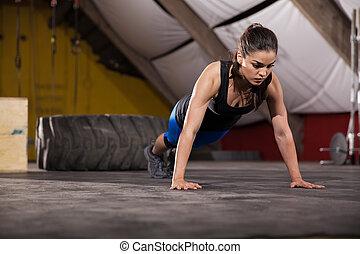 推, 向上, 在, a, crossfit, 體操