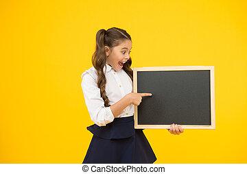 提示, 空, でき事, 黒板, 指, ブランク, 小さい, 整頓された, 小さい子供, 板, publicity., school., chalkboard., 指すこと, 公表, 私達の, よい, スペース, コピー, 学校, 子供