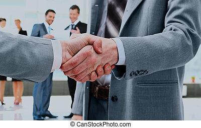 握手, 人們。, 事務