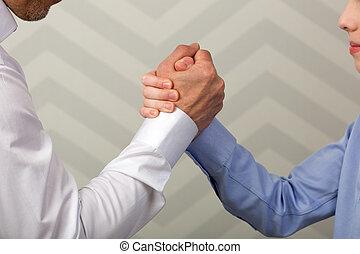 握手, 強い, 父, 息子