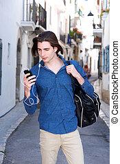 携帯電話, ヘッドホン, 見る, 通り, 深刻, 人