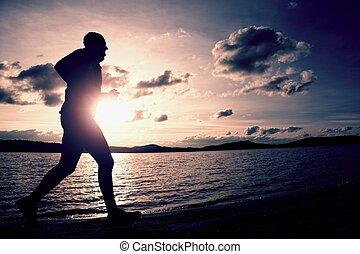 操業, スポーツマン, 海岸, 日の出, 海, の後ろ, 高い, 前方へ, 浜, 空