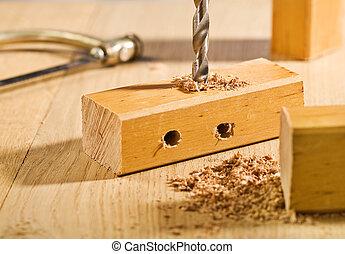 操練, 洞, 在, a, 木制的支架, 上, 桌子