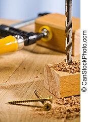 操練, 洞, 在, a, 木制, plank.